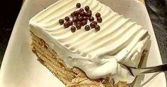 Τόσο εύκολο γλυκό που δεν θα το πιστεύετε !!!   ΣΥΝΤΑΓΗ ΑΠΛΑ ΚΑΙ ΓΡΗΓΟΡΑ:  Σπάμε.σε ένα τάπερ,η ταψί 2 πακέτα μπισκότα πτι μπερ Παπαδ...