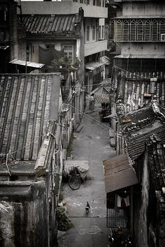 The disappearing hutong, the old neighborhoods, of Beijing.  #China #Hutongs
