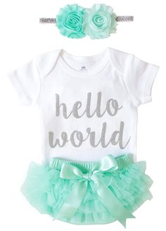 Amazon.com: OoSweetCharlotteoO Newborn Baby Girl Coming Home Outfit Hello  World Bodysuits 3pcs (