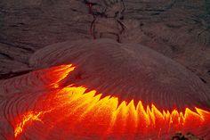 Lava lake activity at Pu'u 'O'o crater in July 2007, Hawai'i: spectacular lava lake overturns