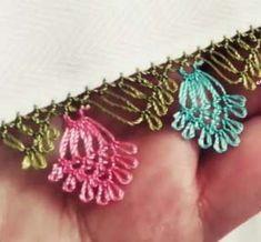 Needle Lace Needle Lace Source by Needle Lace, Bobbin Lace, Crochet Borders, Crochet Patterns, Needles Play, Tatting, Helly Hansen, Crochet Tote, Fashion Sites