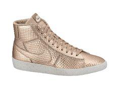 Nike Blazer Mid Cut Out Premium Women's Shoe