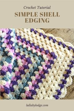 Add a pretty shell border to your granny square blankets with this free tutorial by Lullaby Lodge. Crochet Tools, Learn To Crochet, Easy Crochet, Free Crochet, Crochet 101, Crochet Tutorials, Crochet Projects, Diy Projects, Crochet Border Patterns