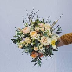 WEDDING FLOWER BOUQUET F l o r a l S t y l i s t  (@pebbleanddot) ♡ B R I D E S B O U Q U E T ♡ • Flower Bouquet Wedding, Floral Wreath, Wreaths, Home Decor, Floral Crown, Decoration Home, Door Wreaths, Room Decor, Deco Mesh Wreaths