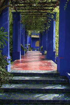 """Majorelle's favorite color: a rich shade of cobalt blue. It embellishes buildings, pergolas, fountains and more."" blog by Jan Johnsen"