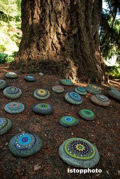 Virginia Costa: Arte Com Pedras