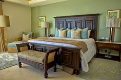 A bedroom in the Grand Solmar Land's End Resort and Spa 4-bedroom penthouse suite in Los Cabos, Mexico
