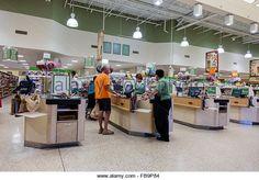 http://l7.alamy.com/zooms/5c49e5a71b4e41418167ea18efdb9621/florida-naples-publix-grocery-store-supermarket-sale-display-food-fb9p84.jpg