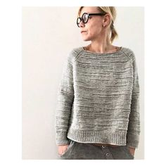 Textured sweater and linen slacks in grey with mini ponytail and black round rim. : Textured sweater and linen slacks in grey with mini ponytail and black round rim glasses topped with delicate crescent stud earrings Sweater Knitting Patterns, Knitting Designs, Knit Patterns, Hand Knitting, Knitting Sweaters, Pulls, Knitwear, Knit Crochet, Sweaters For Women