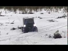 Снег как сахар, а он прет. Охотец (Российский вездеход).