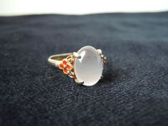 White Agate Ring Oriental/Chinese by TequilaCloset on Etsy, $22.00
