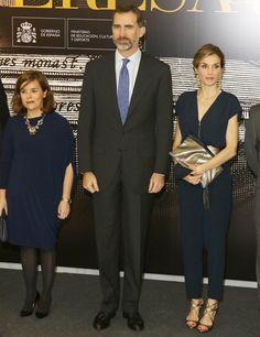 La reina Letizia es una inspiración ideal para tu próximo outfit de invitada de boda, enamoradas en @innovias de este estilo Real