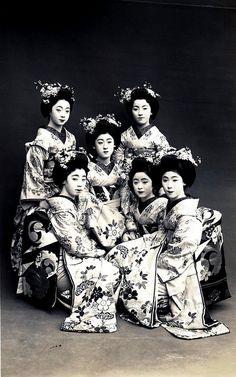 Odori 1928 - A group of Maiko Girls (Apprentice Geisha) dressed for the Miyako Odori (Cherry Dance), sometime around 1928. Maiko Fukiko in the centre and Maiko Tomeko to her lower right. Japan