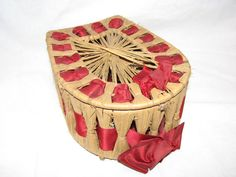 Victorian Folk Art Straw Weaving Collar Box by thelongacreflea, $36.00