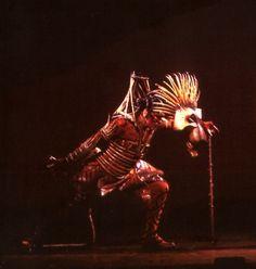 """""""Mark Deklin as Scar in Julie Taymor's Tony award-winning """"The Lion King"""" (Broadway, Amazing Costumes, Cool Costumes, Lion King Costume, Theater Makeup, Lion King Broadway, Lion King Jr, Pride Rock, Bfg, Music Things"""