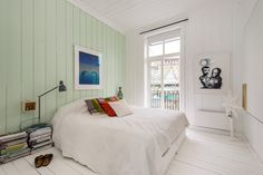 colour in bedroom, mint green