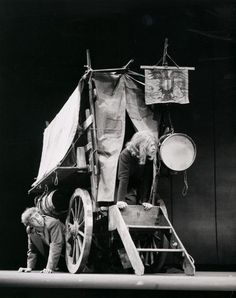 an analysis of mother courage and her children by bertold brecht Mother courage and her children written by bertolt brecht thurs 25th april - sat 27th april & tues 30th april - sat 4th may 1996 directed by damon wakelin.