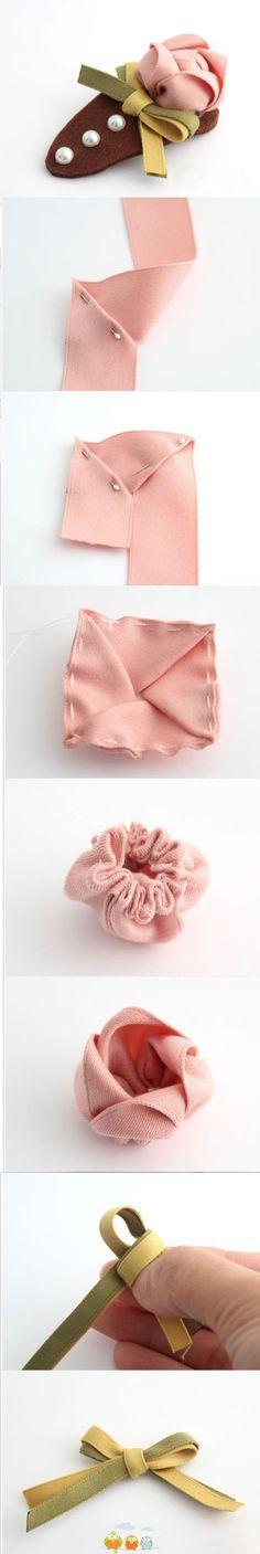 presilha com rosa feita de gorgurão