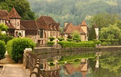 De schilderachtige dorpjes in de Dordogne