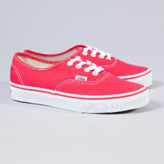 Vans Red Authentic Trainers ($64) ❤ liked on Polyvore featuring shoes, sneakers, red sneakers, vans shoes, vans footwear, red shoes and stitch shoes