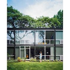 """""""High-rise superblocks and identical clusters of row houses set apart from the urban grid have been much maligned as some of the major wrongdoings of modernism, but Detroit's Lafayette Park—the first urban-renewal project in the United States—tells a vastly different story. Photo by Raimund Koch. Architecture by Ludwig Mies van der Rohe. #exterior #architecture #outdoor"""" Photo taken by @dwellmagazine on Instagram, pinned via the InstaPin iOS App! http://www.instapinapp.com (03/11/2016)"""