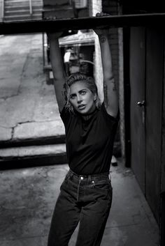 lady-gaga-by-collier-schorr-for-the-new-york-times-style-magazine-october-2016-3