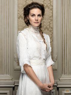 Amaia Salamanca Interpreta Alicia Alarcon Gran Hotel