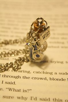 Make A Wish  Wishing Dust Necklace by Shanana on Etsy, $15.00 #wish #disney #cinderella #fairydust #onceuponatime #ouat