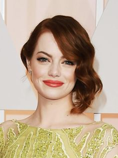 Emma Stone - The Best Hairstyles from the 2015 Oscars