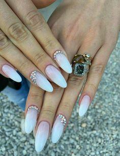 Baby boomer Swarovski nails