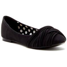 InTouch Footwear Bubble Ballet Flat $15