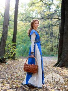"""Средневековое платье и сюркот """"Прекрасная Дженет"""""""