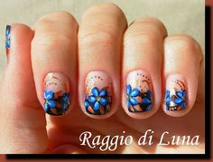 Raggio di Luna Nails: Brown french with blue flowers