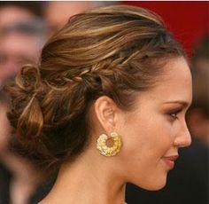 Risultato della ricerca immagini di Google per http://www.cafeweb.it/wp-content/uploads/2012/04/Acconciature-capelli-raccolti-estate-2012.jpg