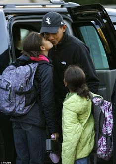 3c9673ef President Obama releases touching photo of himself and a young Sasha in  honor of Father's Day