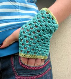 Crocheted summer gauntlets. MUST GET THIS PATTERN!