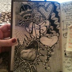 First zentagle in new art journal by Amy Ballard, nice! Tangle Doodle, Doodles Zentangles, Zen Doodle, Zentangle Patterns, Doodle Ideas, Doodle Inspiration, Visual Journals, Zen Tangles, Meditation Art