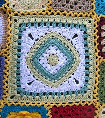 """Diamond in the Rye 12"""" Square ~ free pattern ᛡ Crochet Square Patterns, Crochet Blocks, Crochet Stitches Patterns, Crochet Squares, Crochet Granny, Crochet Motif, Crochet Yarn, Stitch Patterns, Crochet Afghans"""