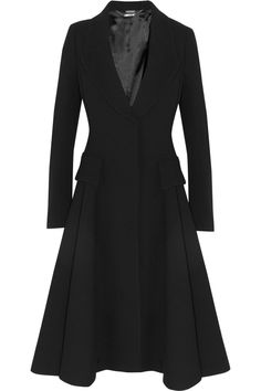 Alexander McQueen - Wool-crepe coat - skirt flares from waist - accentuated shoulders High Fashion, Fashion Beauty, Womens Fashion, Alexandre Mcqueen, Black Wool, Beautiful Outfits, Blazers, Dress Up, Dresses For Work