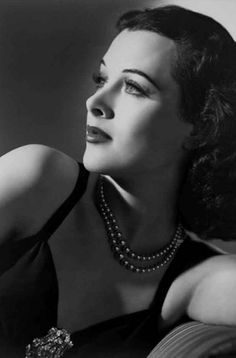 Stunning Vintage Actress - Hedy Lamarr