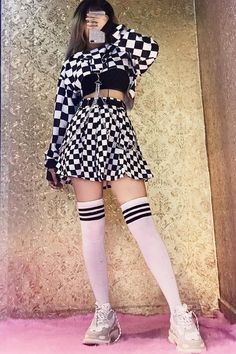 bowling outfit date Egirl Fashion, Teen Fashion Outfits, Ulzzang Fashion, Stage Outfits, Kpop Outfits, Korean Outfits, Kawaii Fashion, Cute Fashion, Korean Fashion