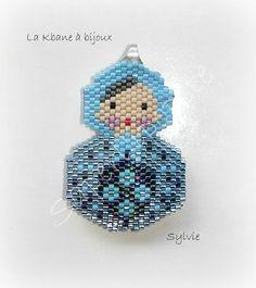 poupée russe bleue face 1