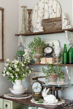 Enthralling traveled Shabby Chic Home farmhouse styles you can try these out Shabby Chic Stil, Shabby Chic Farmhouse, Country Farmhouse Decor, Shabby Chic Cottage, French Country Decorating, Shabby Chic Homes, Shabby Chic Decor, Rustic Decor, Primitive Country