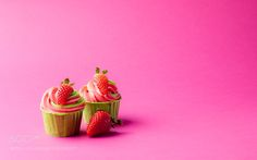 cupcakes by legat from http://500px.com/photo/198364971 - . More on dokonow.com.
