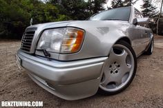 Mercedes-Benz W124 E500 with Carlsson rims.