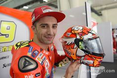 Andrea Iannone's new helmet