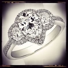 jacket for pear shaped diamond | Pear Shaped Diamond Ring Half Moons Side diamonds #engagementring