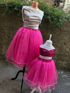 This item is unavailable Mother Daughter Matching Outfits, Mommy And Me Outfits, Family Outfits, Jupe Tulle Rose, Pink Tulle Skirt, Festival Wear, Festival Outfits, Tutu Rock, Skirts For Kids