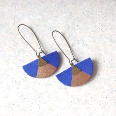 Boucles oreilles géometrique cuir bleu