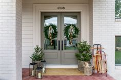 How-To Style a Holiday Front Porch Scene | House of Jade Interiors